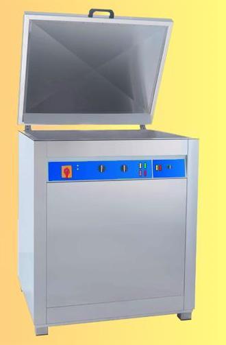 Lavatrici ad ultrasuoni per elettronica e meccanica